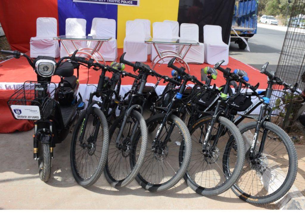 JOY e-bikes