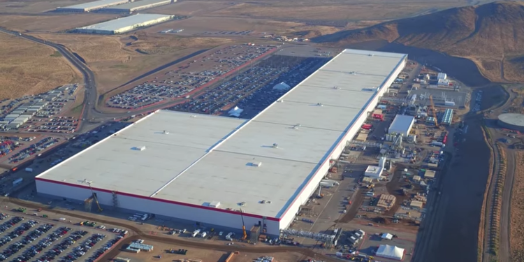 Tesla & 2 China Co.interested in India's 50k Cr EV battery building plants plan