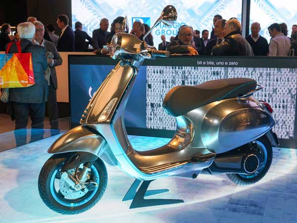 Piaggio to launch electric scooters in India-Auto Expo 2020