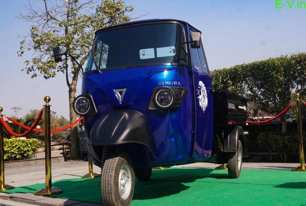 smart electric cargo 3 wheeler