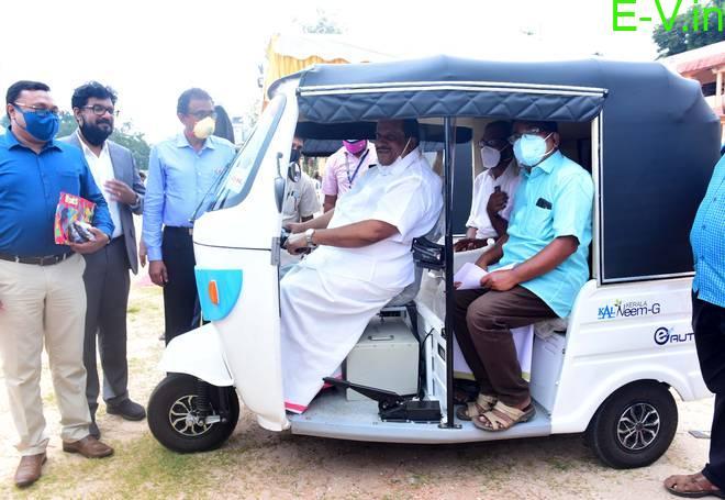 Electric 3 wheelers running on Indian roads: Etrio, Ape' E-City & Neem-G electric
