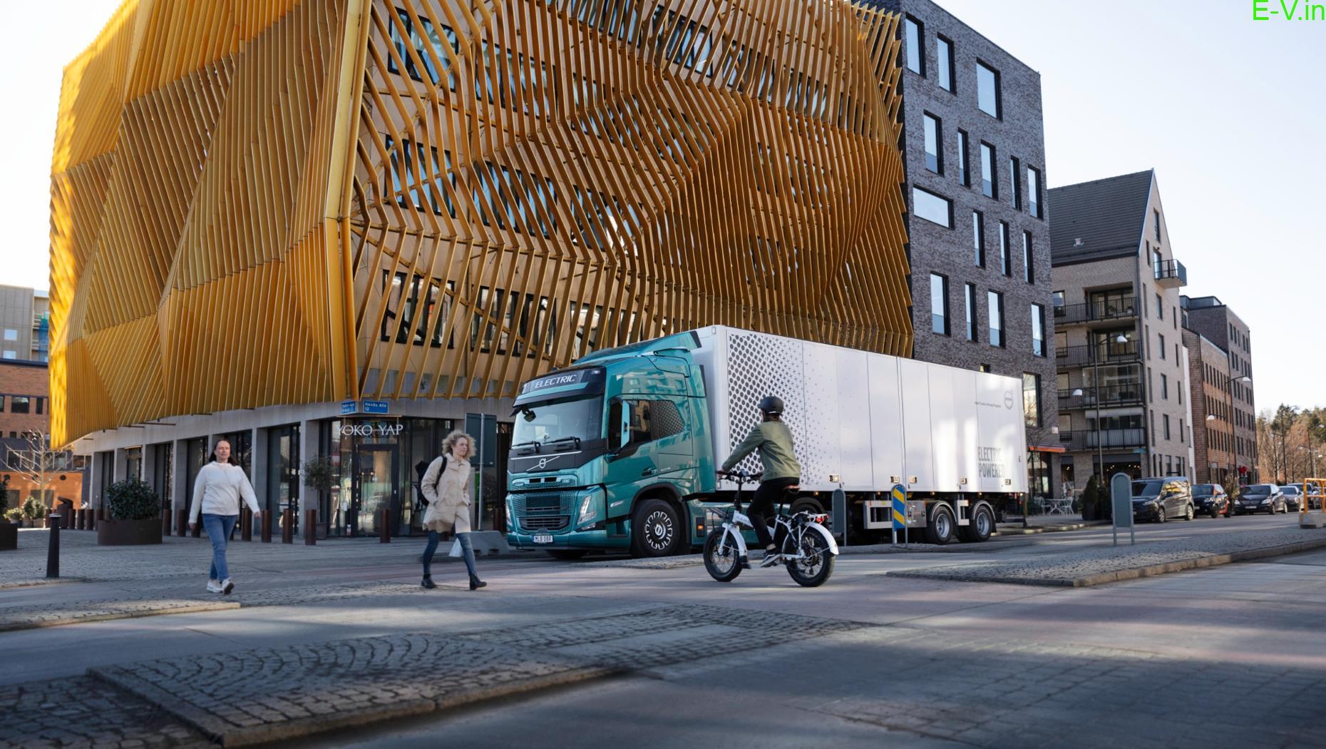 Volvo Trucks electric semis